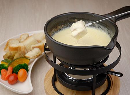 チーズフォンデュコース、トマトフォンデュ、バジルフォンデュ(2人前から賜ります)