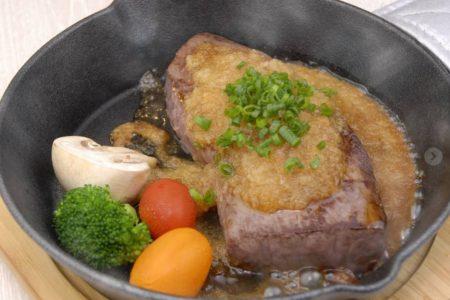 セントバーナード人気の牛ステーキ